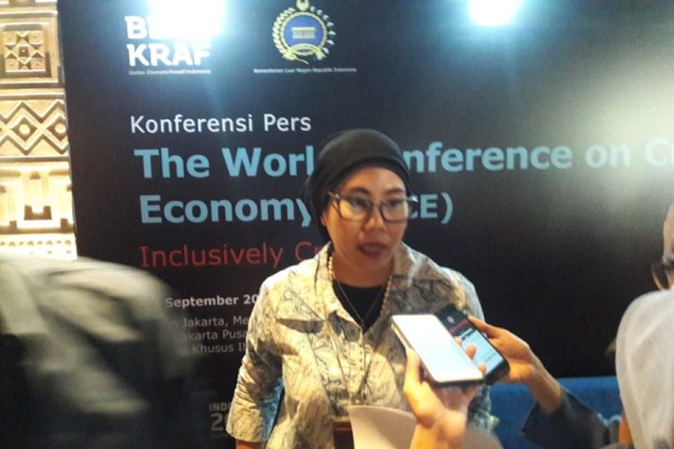 Harian Kompas The World Conference and Creative Economy